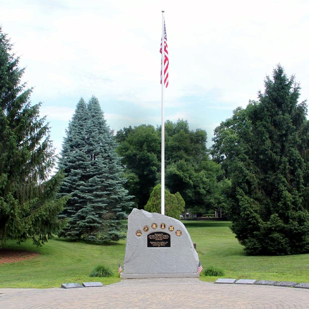 Veterans' Memorial flag pole